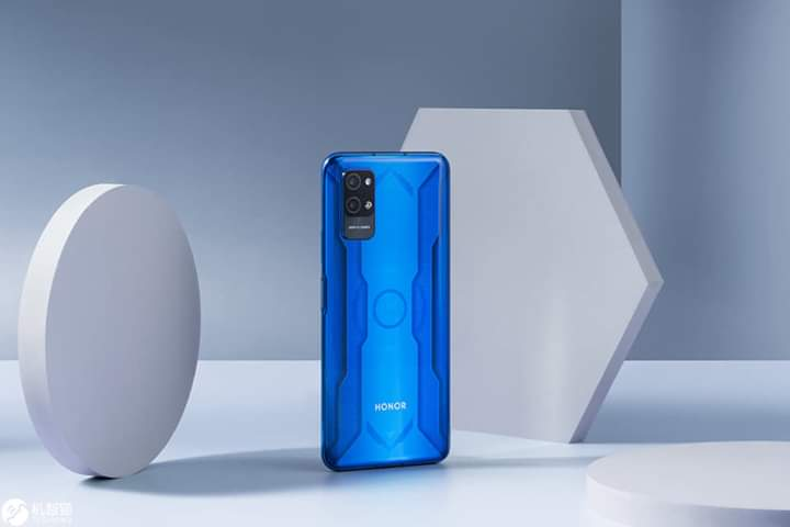 Honor Play 4 Series Unveiled | Can Measure Human Temperature